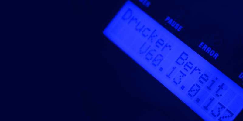 Beschriftung von DGUV-V3 Etiketten mit Highend Druckern psmz.de